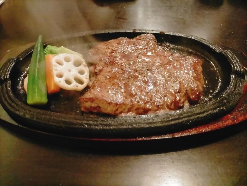 お肉好きがこぞって集まるコスパ最高 肉が一番 高砂店
