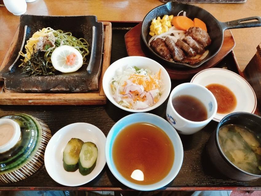 「五目釜飯」「サイコロステーキ」「瓦そば」三大名物が一度に味わえる!りんでんばうむ