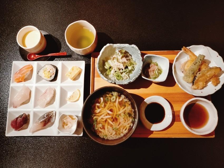 リーズナブルで美味しいお寿司が食べられると地元でも人気!力丸寿し