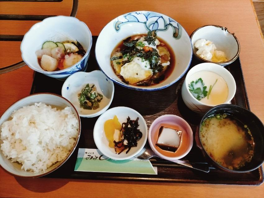 焼肉から和食まで幅広い料理が人気のお店!味ごころ みよし