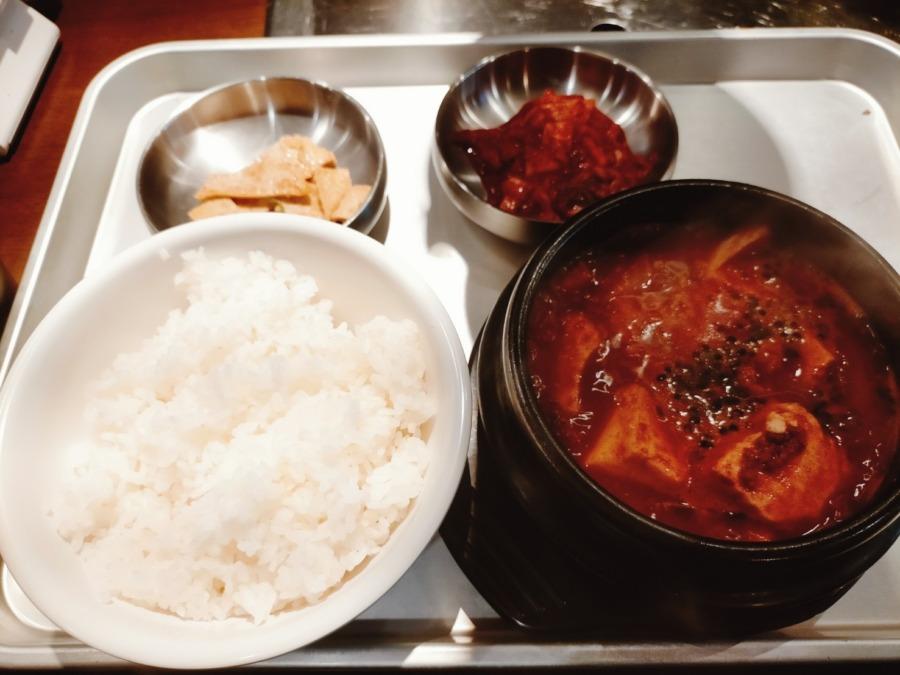 現地と変わらずそのままの味で本場韓国料理が味わえる!セマウル食堂 天神大名店