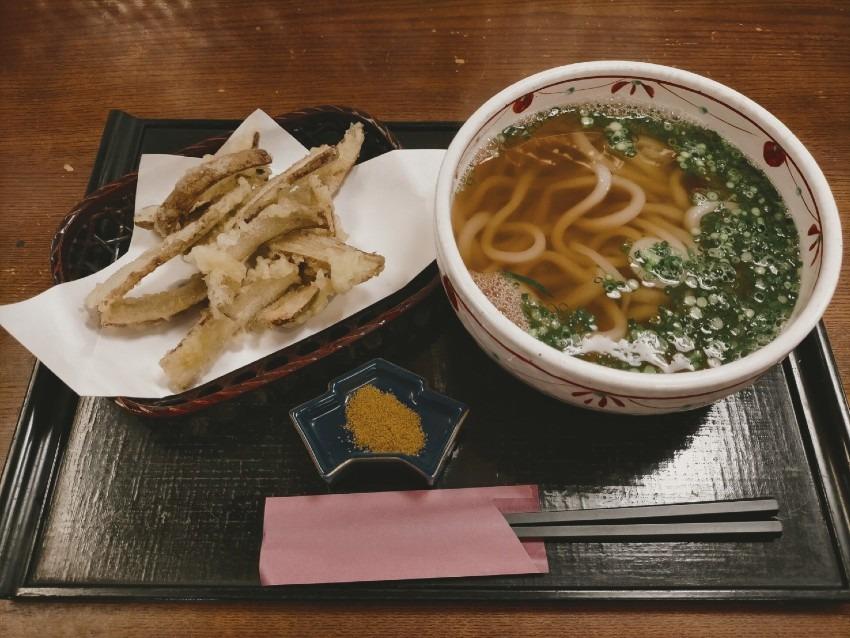 こだわりの自家製麺と無添加出汁のうどん!うどん処 たぬき庵