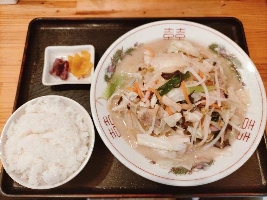 たっぷり野菜とコラーゲンスープで食べる細麺ちゃんぽん!ちゃんぽんの松露(しょうろ)
