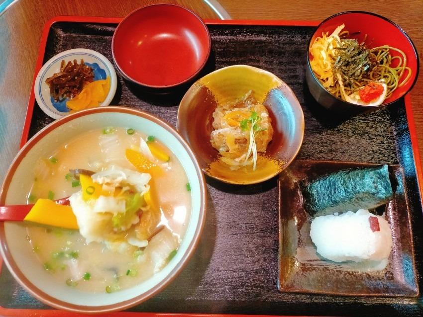 田川で創業50年を迎える老舗でだんご汁の田舎定食!味の茶屋こぐれ