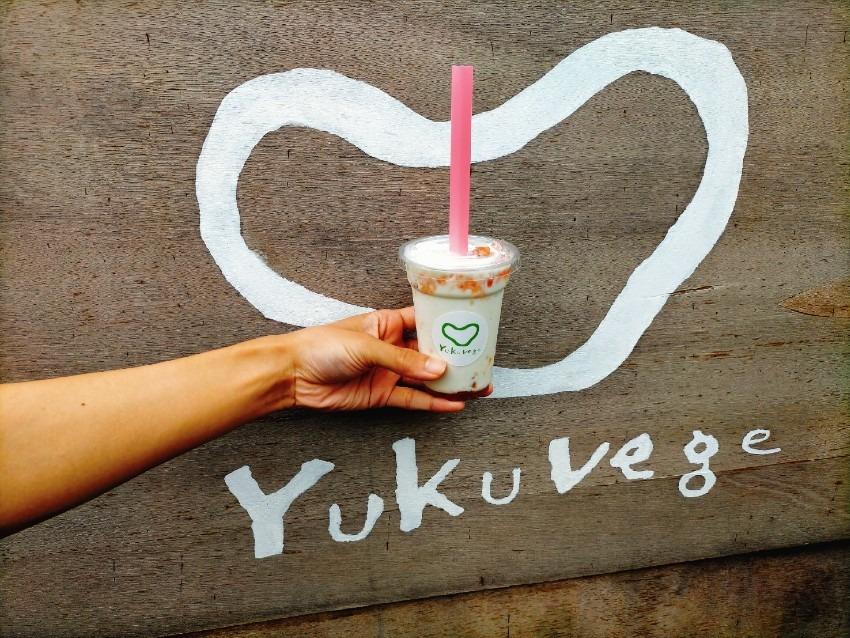 末永果樹園さんの朝採りのイチヂクを使用したイチヂクシェイク!ゆくベジ行橋野菜総本舗